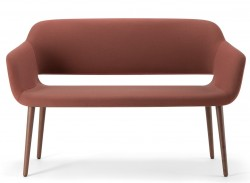 Magda sofa1
